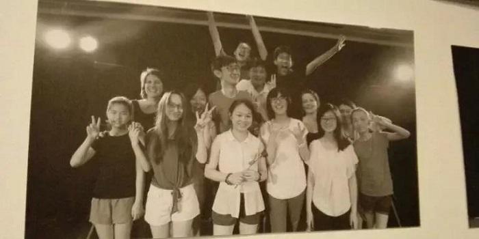 第一届英锐戏剧班最终表演后合照
